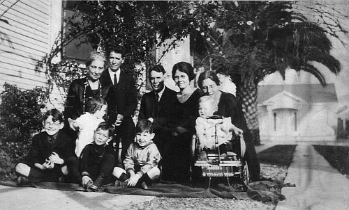 Uncle Guy & Aunt Bess; George Garrison & Adda Wooley Stambaugh, Galts, and Robinsons in Paotingfu, circa 1922
